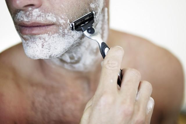http://www.getfrank.co.nz//uploads/man-shaving.jpg
